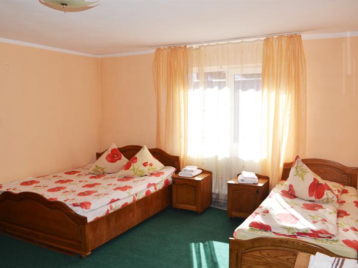 cazare valea ariesului in camera de 3 persoane