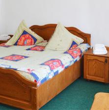cazare arieseni in camera de doua persoane cu pat matrimonial